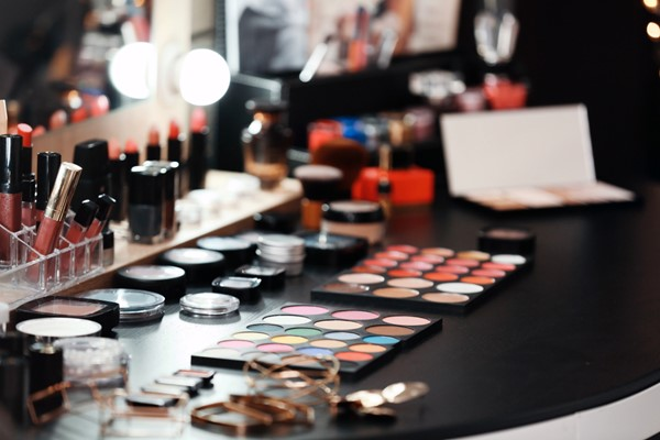 Organizing Your Makeup