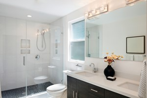Simple, Effective Bathroom Cleaning Tips for Home Sellers