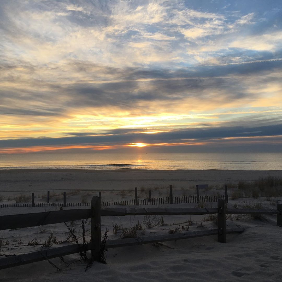 Why You Should Buy Your Next LBI Vacation Home Remotely