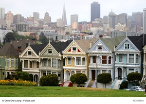 California Luxury Home Selling Tips: Analyze the Local Housing Market