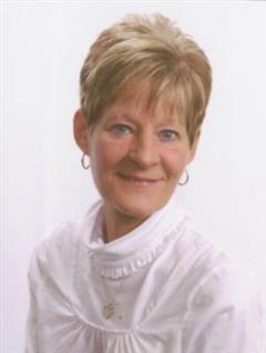 Elaine Rhodes