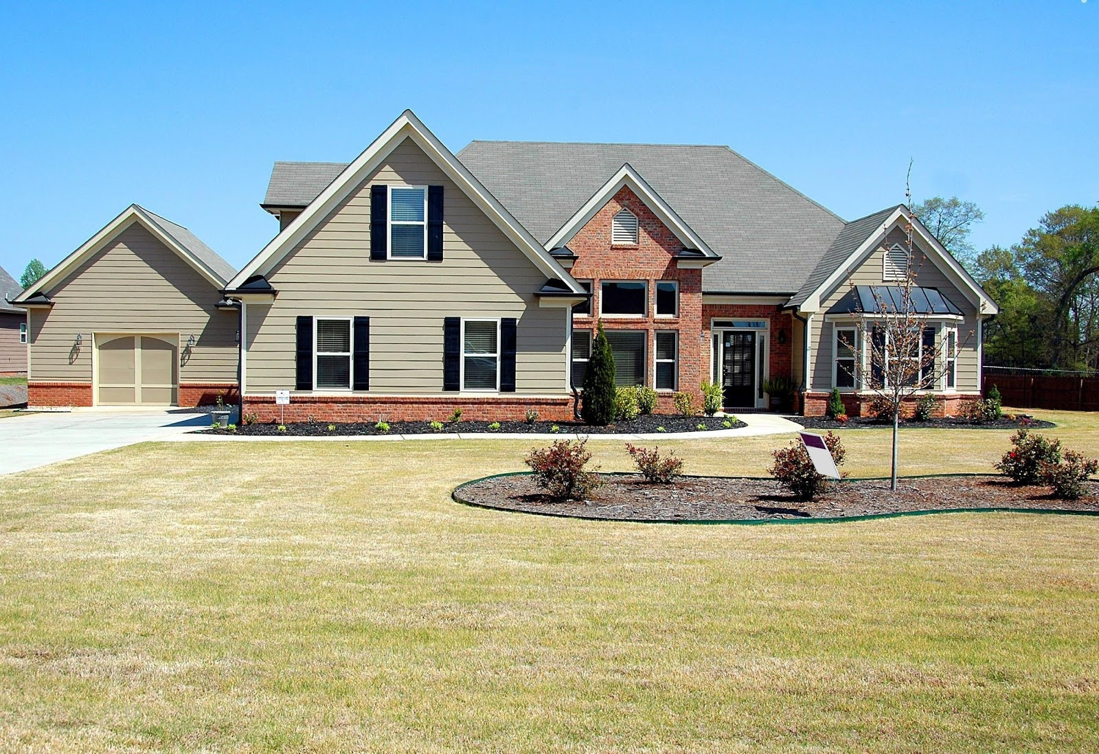 How to Buy Your Dream Home When You Don't Have a Strong Financial Record