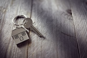Tips for Buying a Home in Summer