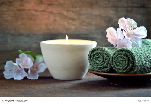 DIY: How To Make Scented Candles for Your Home