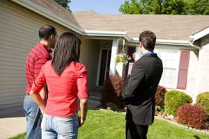 Reasons to Sell a Home in Fall