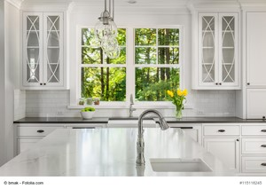 Staging and Curb Appeal Tips for Home Sellers