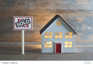 Reasons to Sell a Small Town Home