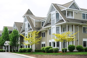 The Difference Between Condos, Townhouses, and Houses