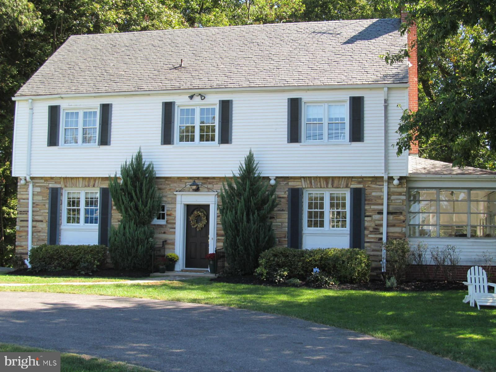 15201 Rosecroft Road, Rockville, MD 20853 now has a new price of $829,999!