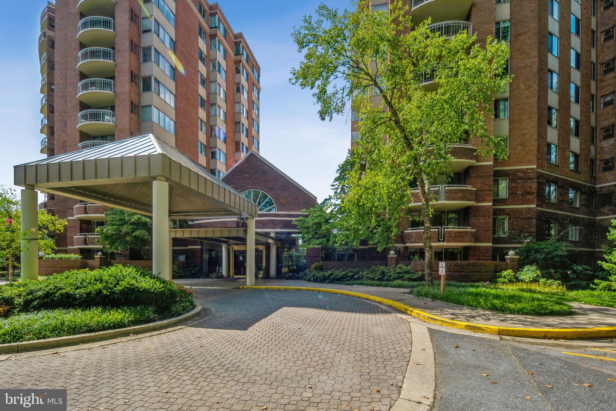 5800 Nicholson Lane #1-404, North Bethesda, MD 20852 now has a new price of $283,000!