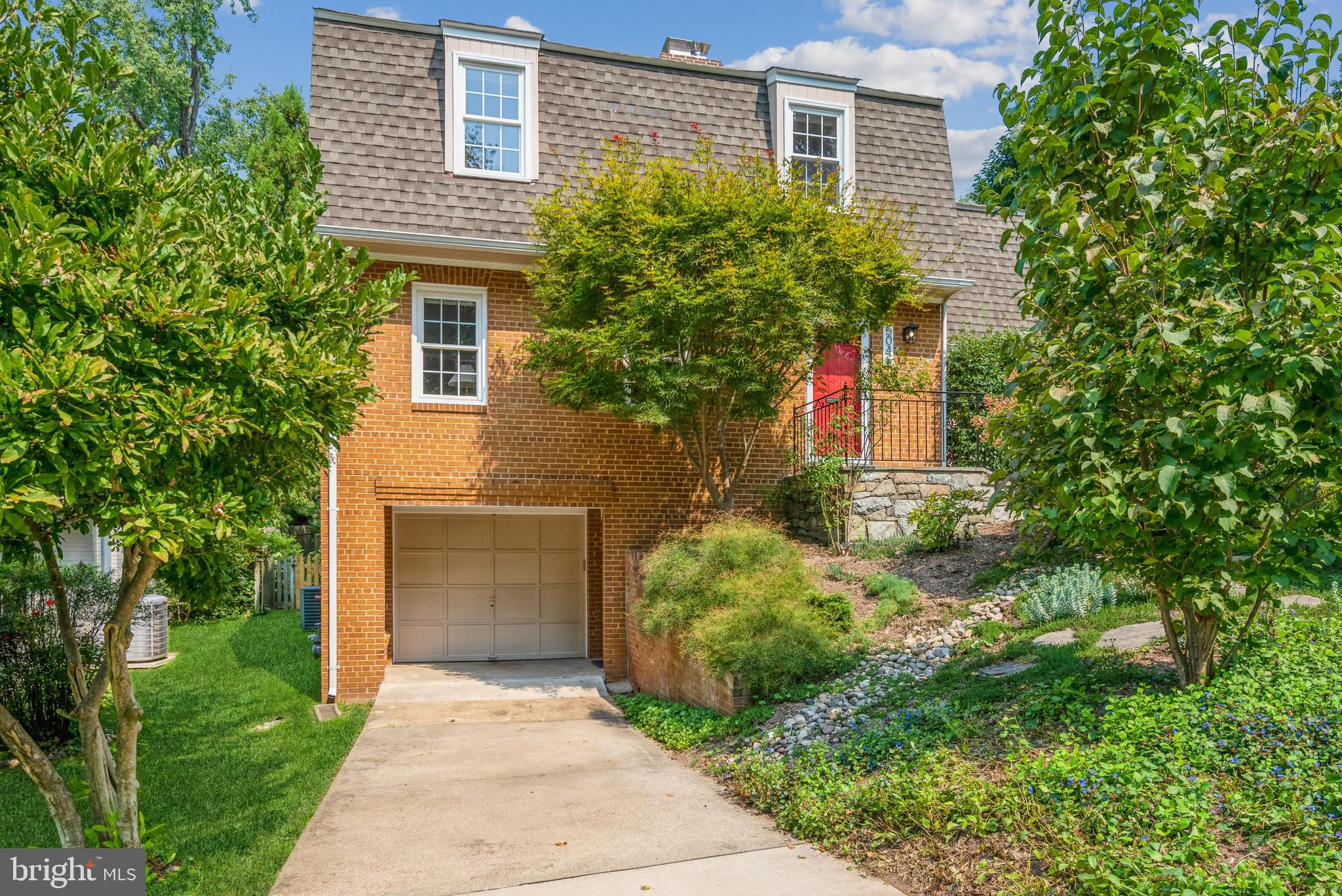 5045 Garfield Street NW, Washington, DC 20016 is now new to the market!