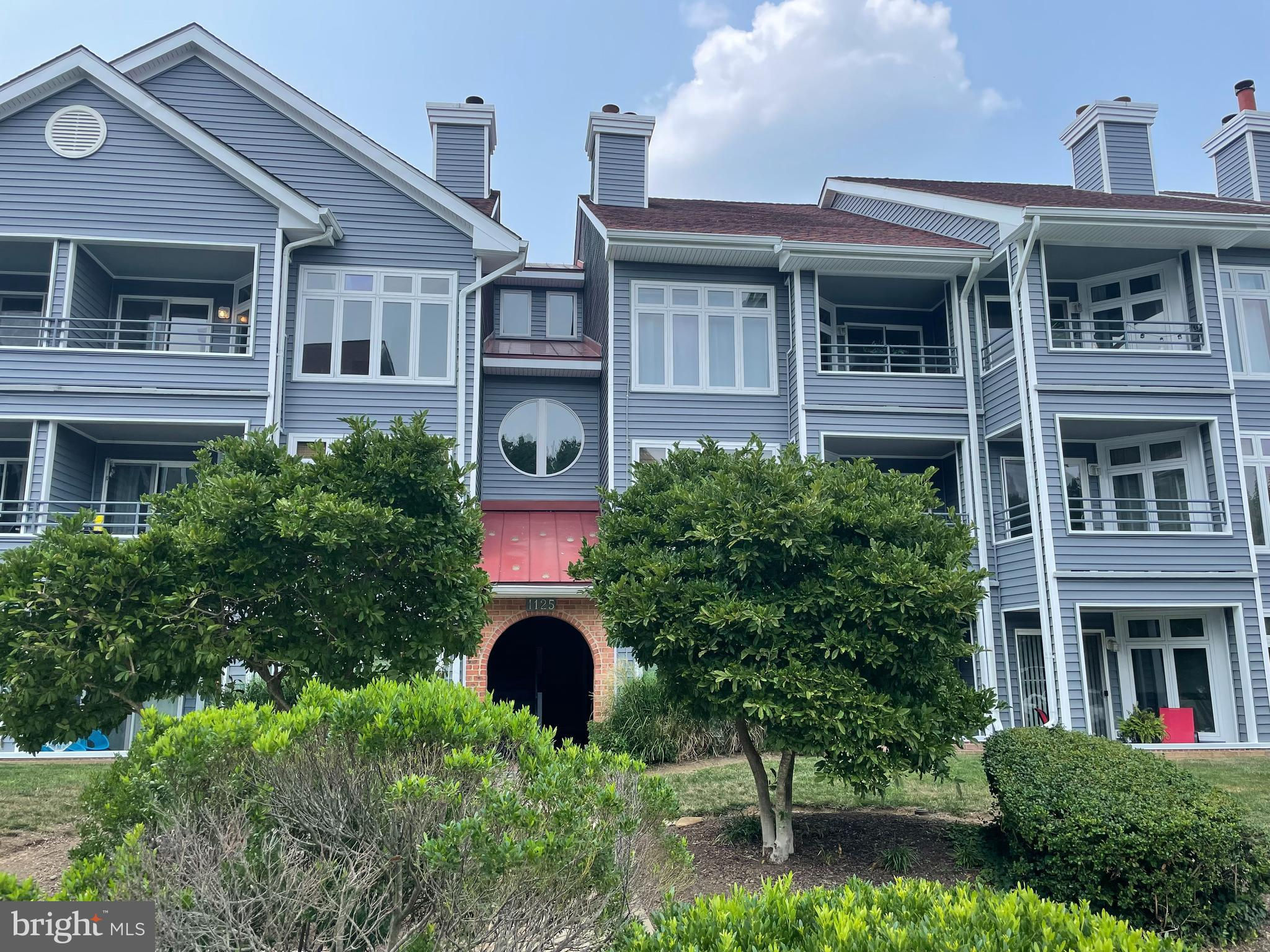 1125 Lake Heron Drive #2B, Annapolis, MD 21403 is now new to the market!