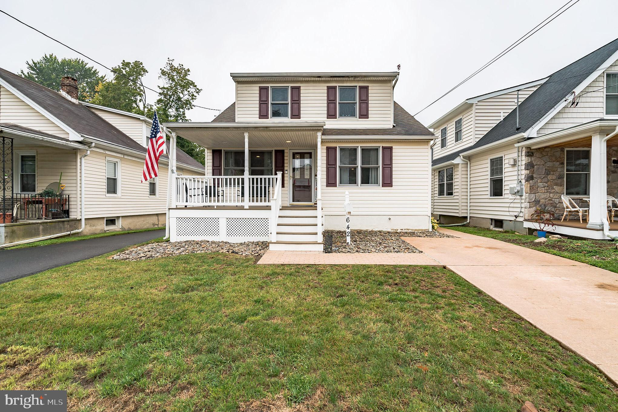 642 Harrison, Glenside, PA 19038 now has a new price of $366,000!
