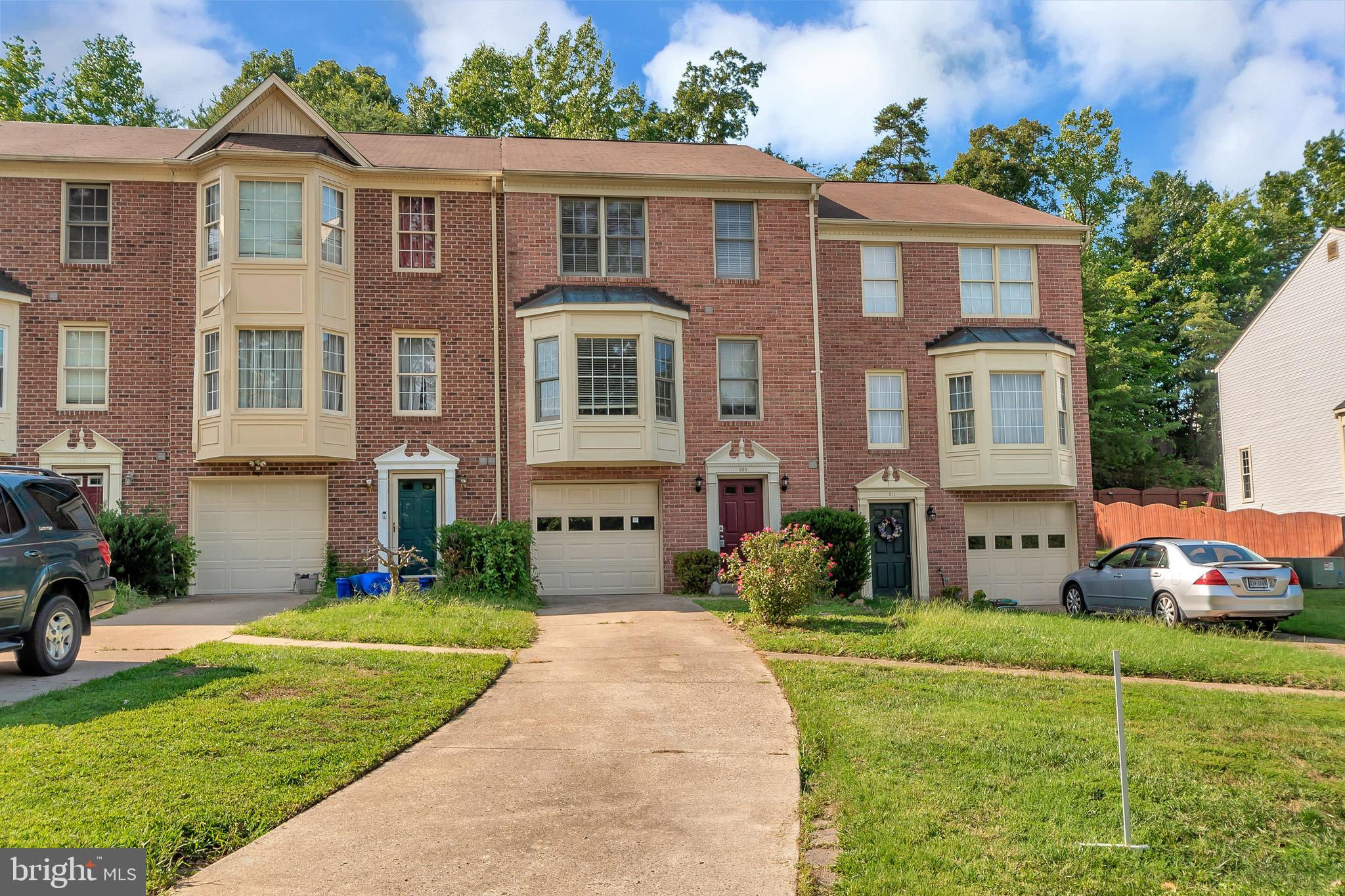 609 Twin Brook Lane, Stafford, VA 22554 now has a new price of $360,000!