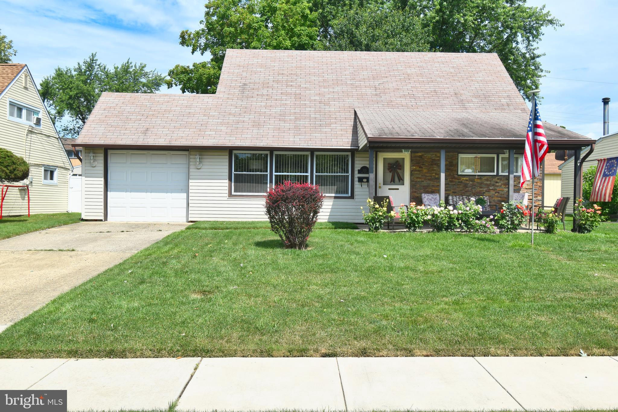 315 Indian Creek Drive, Levittown, PA 19057 is now new to the market!