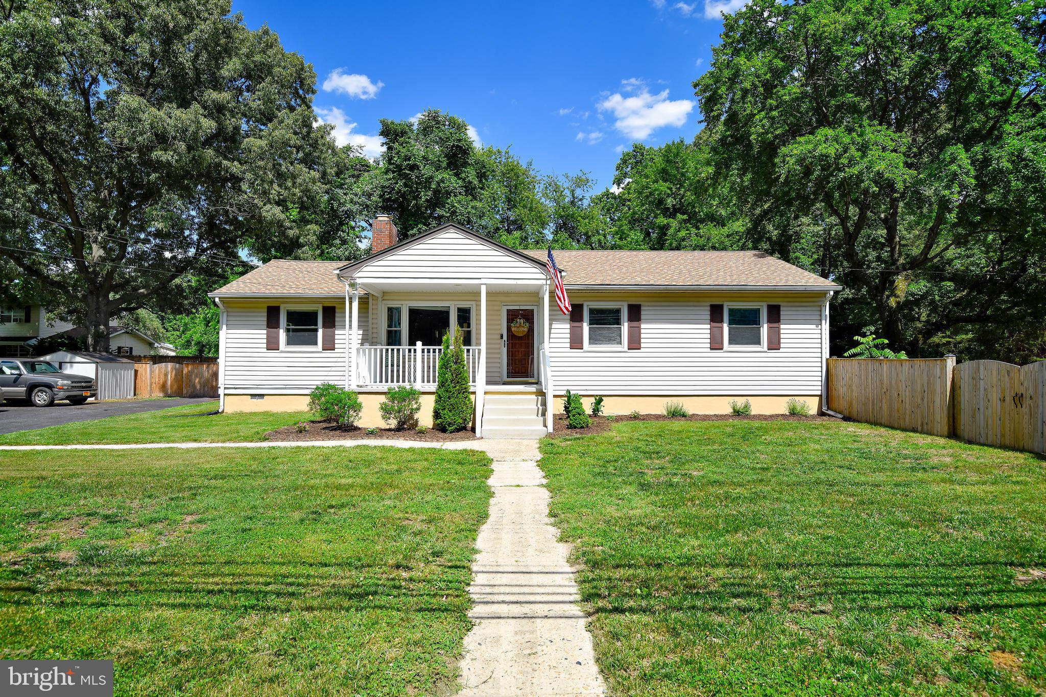 8165 Solley Road, Pasadena, MD 21122 is now new to the market!