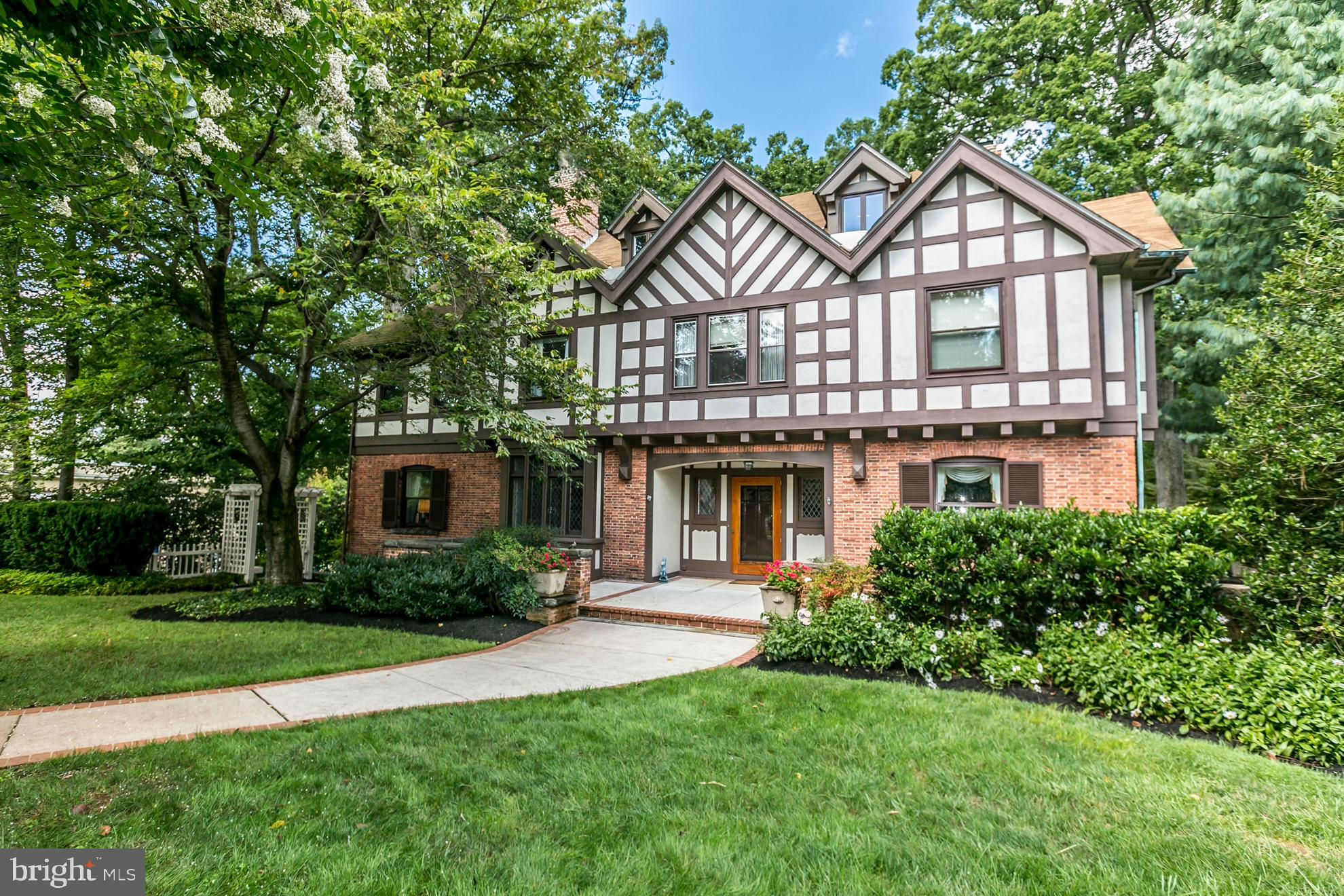 Another Property Sold - 4704 Roland Avenue, Baltimore, MD 21210