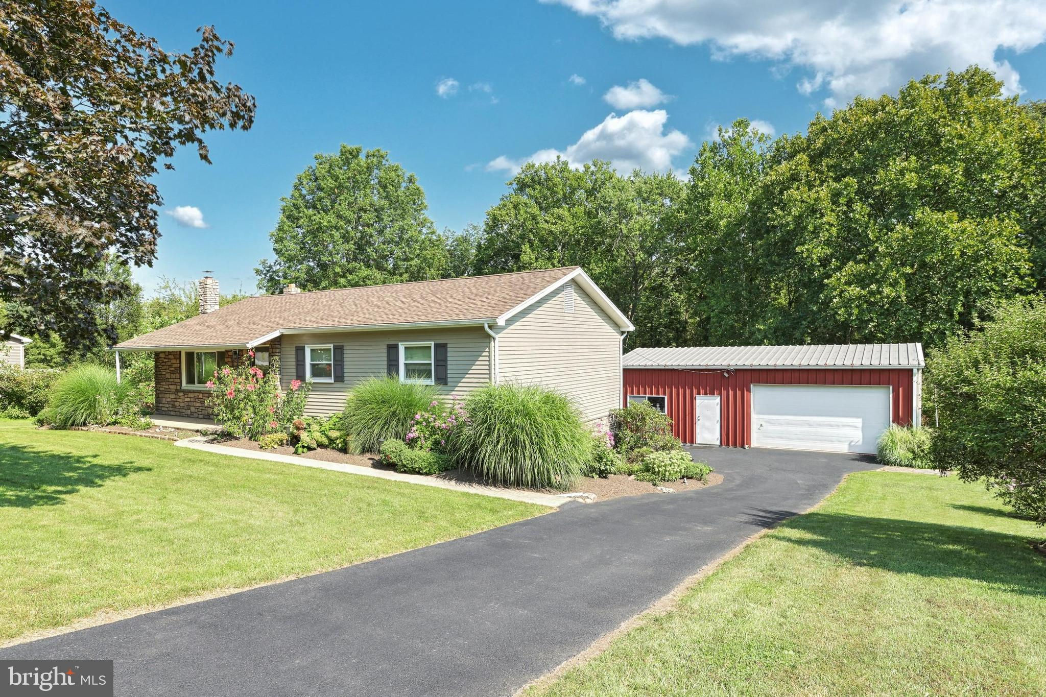 125 Redstone Drive, York Haven, PA 17370 is now new to the market!