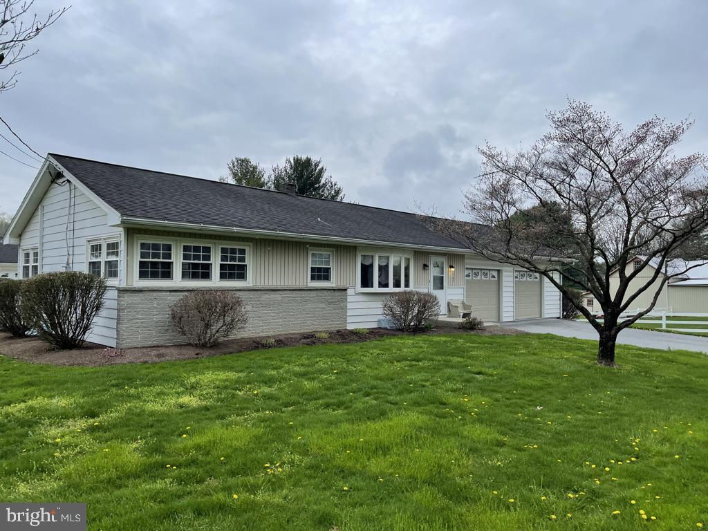 162 S Lime Street, Quarryville, PA 17566 now has a new price of $1,750!