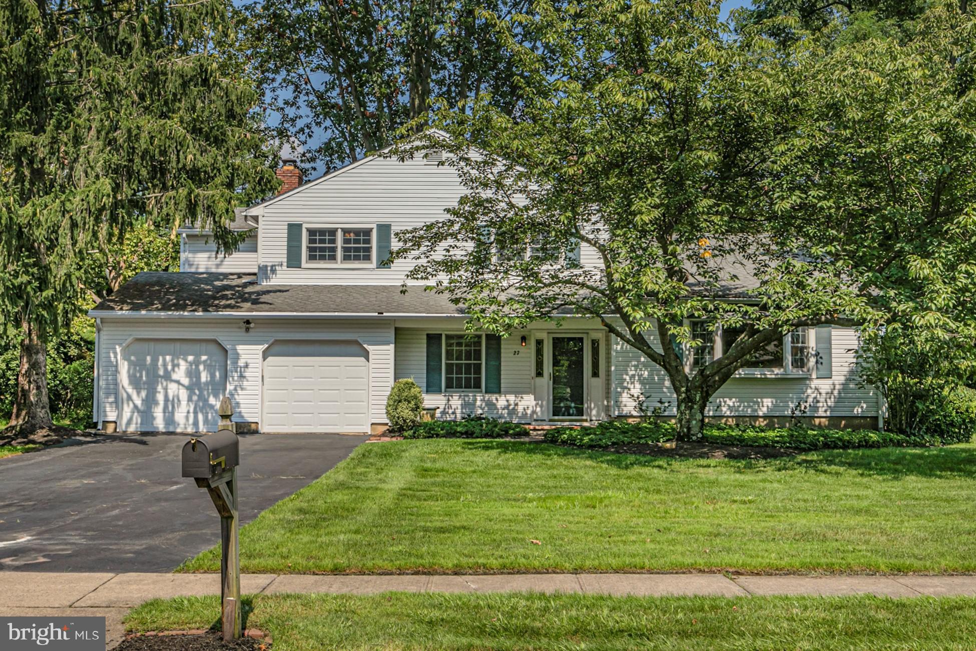 27 Brook Dr E, Princeton, NJ 08540 now has a new price of $580,000!