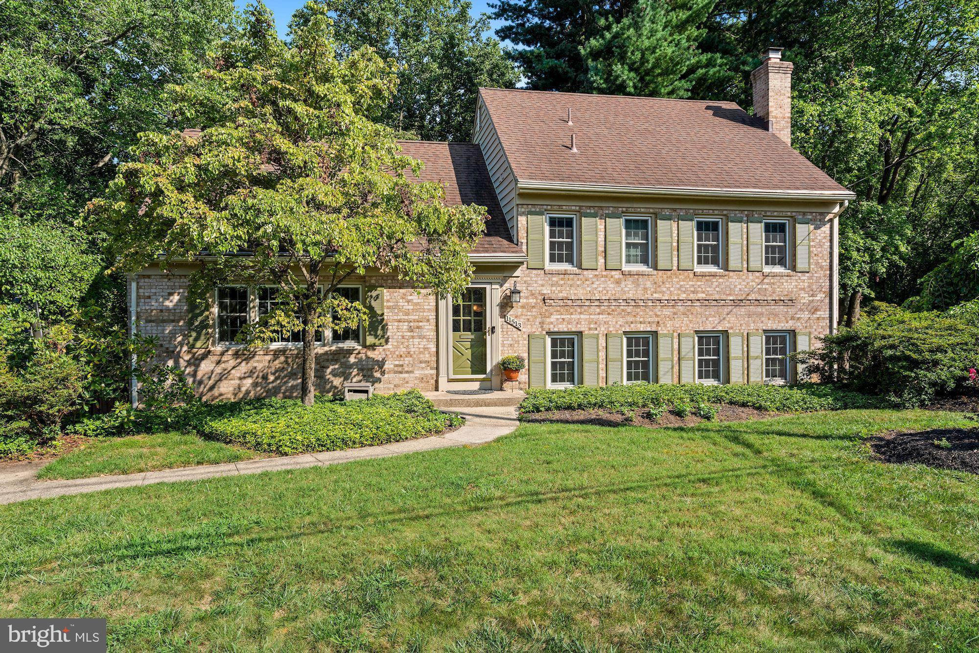 11513 Deborah Drive, Potomac, MD 20854 now has a new price of $929,000!