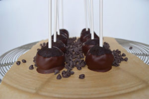 double-chocolate-brownie-pops