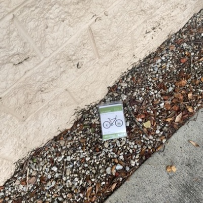 Trash near Bermuda Estates Drive, Ormond Beach, Volusia County, Florida, 32174, United States