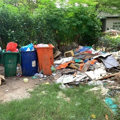 Trash near Phuoc Binh Ward, Thu Duc City, Ho Chi Minh City, 35, Vietnam