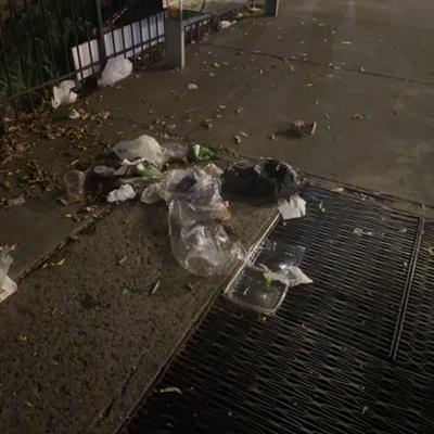 Trash near Sammy's Bodega, East 118th Street, East Harlem, Manhattan Community Board 11, Manhattan, New York County, New York, 10035, United States