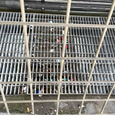 Trash near IKEA ferry, Pier 11, Financial District, Manhattan, New York County, New York, 10045, United States
