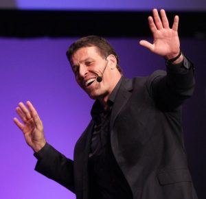 Picture of Tony Robbins at a public speaking engagement