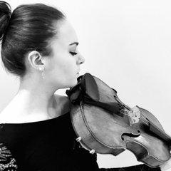 Nathalie Green-Buckley Viola Player in London