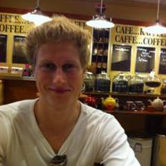 Adam Jones Singer in Cambridge