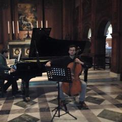 Oliver Pickard Cellist in Cambridge
