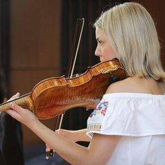 Rachael Smart  Violinist in Glasgow
