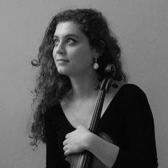 Ana do Vale Violinist in the UK