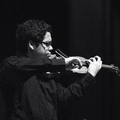 Leon Keuffer Violinist in London