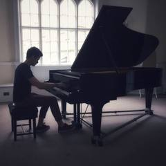 Forbes Anderson Pianist in Cambridge