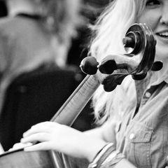 Sarah Lockhart Cellist in Glasgow