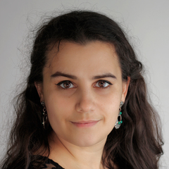 Ana Pousa Singer in Glasgow