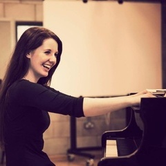 Hayley Parkes Pianist in Manchester