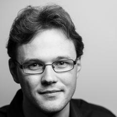 Gareth Thomas Bass Singer in London