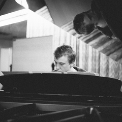 Joseph Havlat Pianist in the UK
