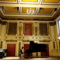 Weiran Chen Pianist in Glasgow