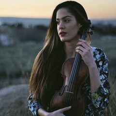 Clara Lorenzo Violinist in Glasgow