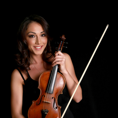 Sabina Virtosu Violinist in the UK