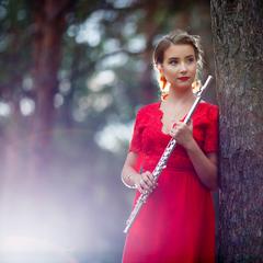 Maria Vizitiu Flute Player in Birmingham