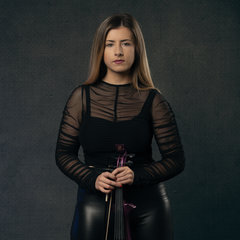 Lara Simpson Violinist in Manchester