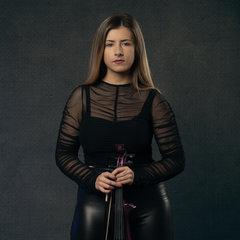Lara Simpson Violinist in Liverpool