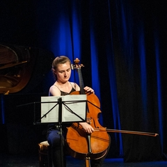 Olivia Morton Cellist in Edinburgh